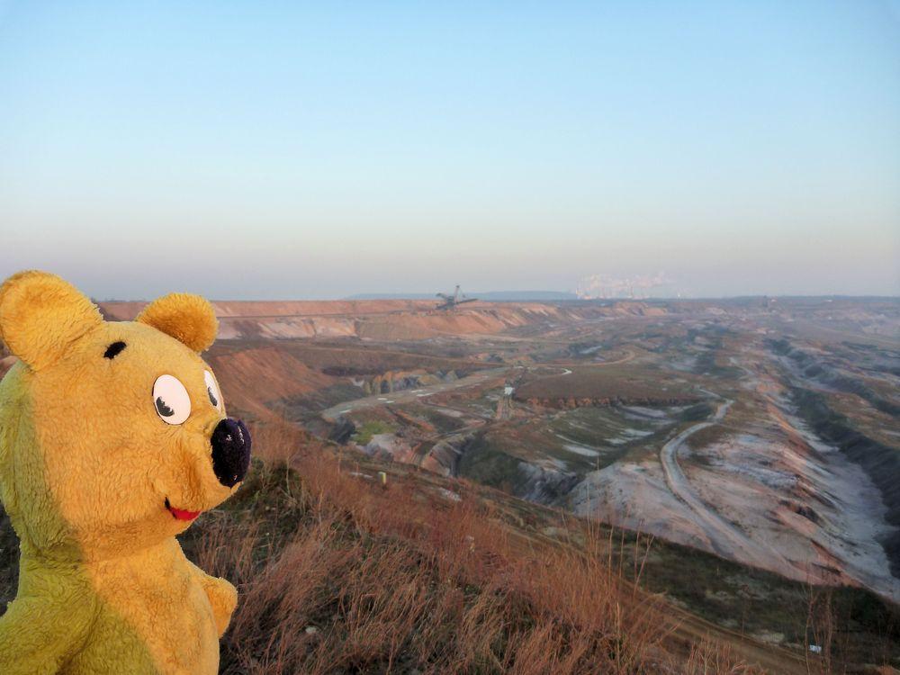 Der gelbe Bär bei Garzweiler