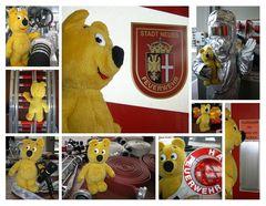Der gelbe Bär besucht die Feuerwehr (1)