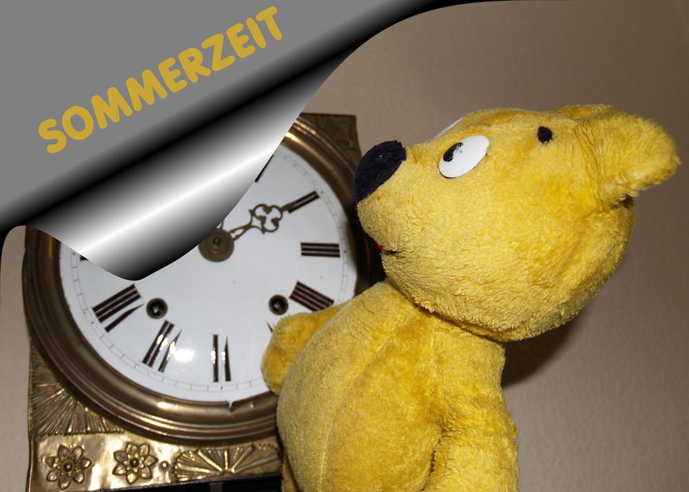 Der gelbe Bär hilft - Sommerzeitumstellung nicht vergessen
