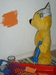 Der gelbe Bär hilft...Anstreichen
