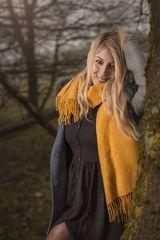 Der gelbe Schal