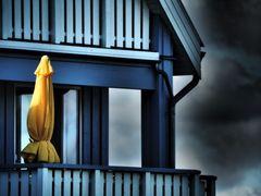 der gelbe Sonnenschirm ..