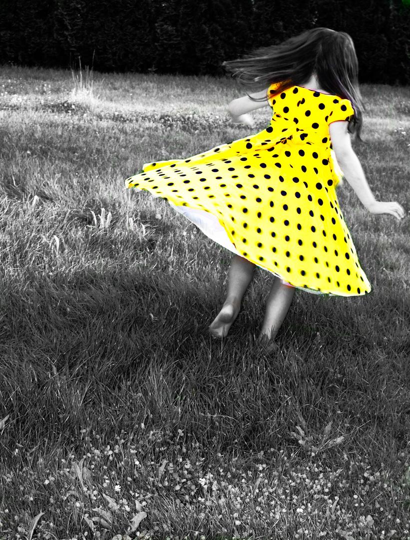 der gelbe vogel nach freiheit foto bild emotionen leise youth bilder auf fotocommunity. Black Bedroom Furniture Sets. Home Design Ideas