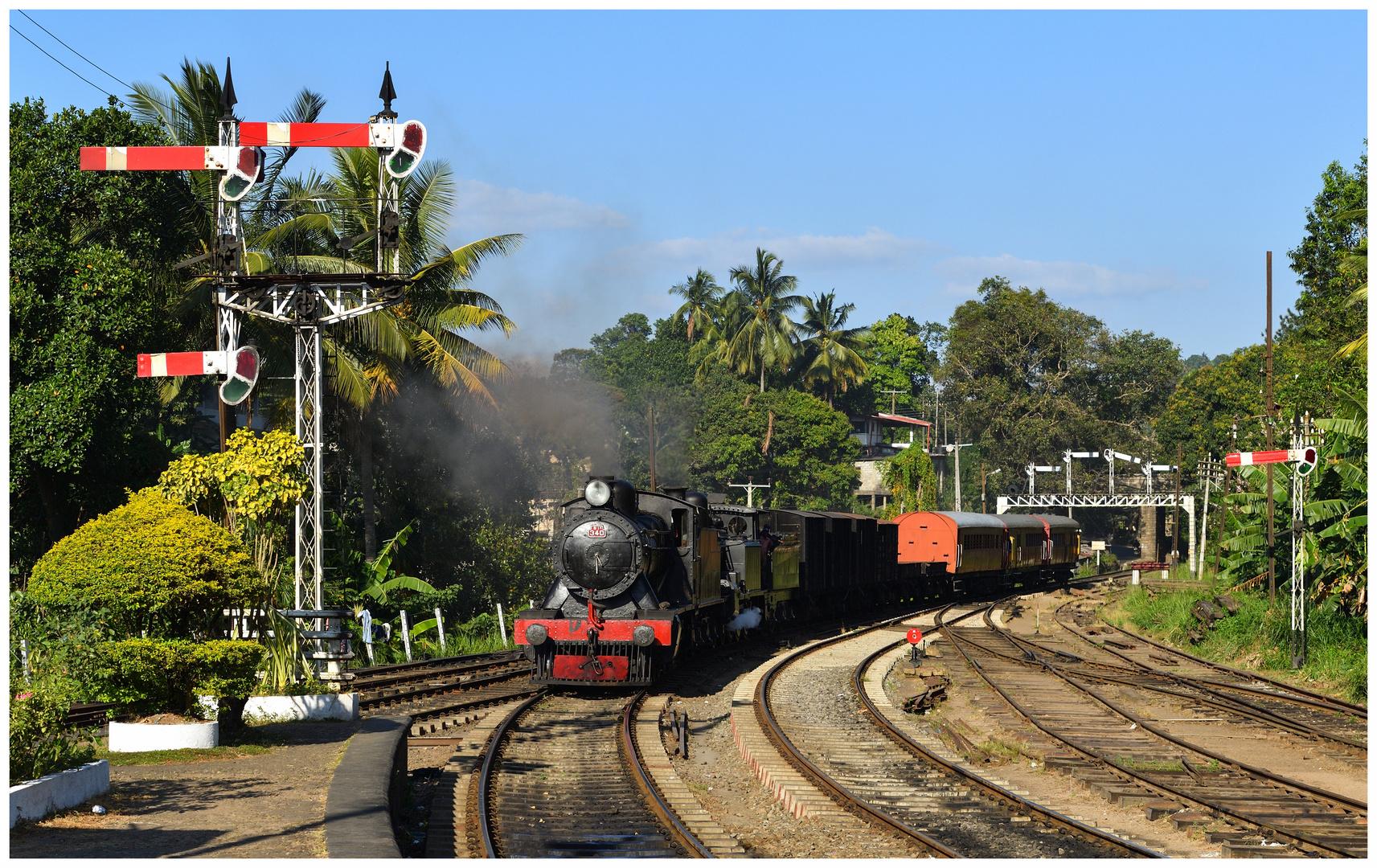 Der GmP aus Kandy läuft ein
