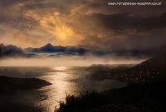 Der goldene Nebel