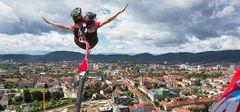 Der große Bungy Sprung aus 135m Höhe über Graz!