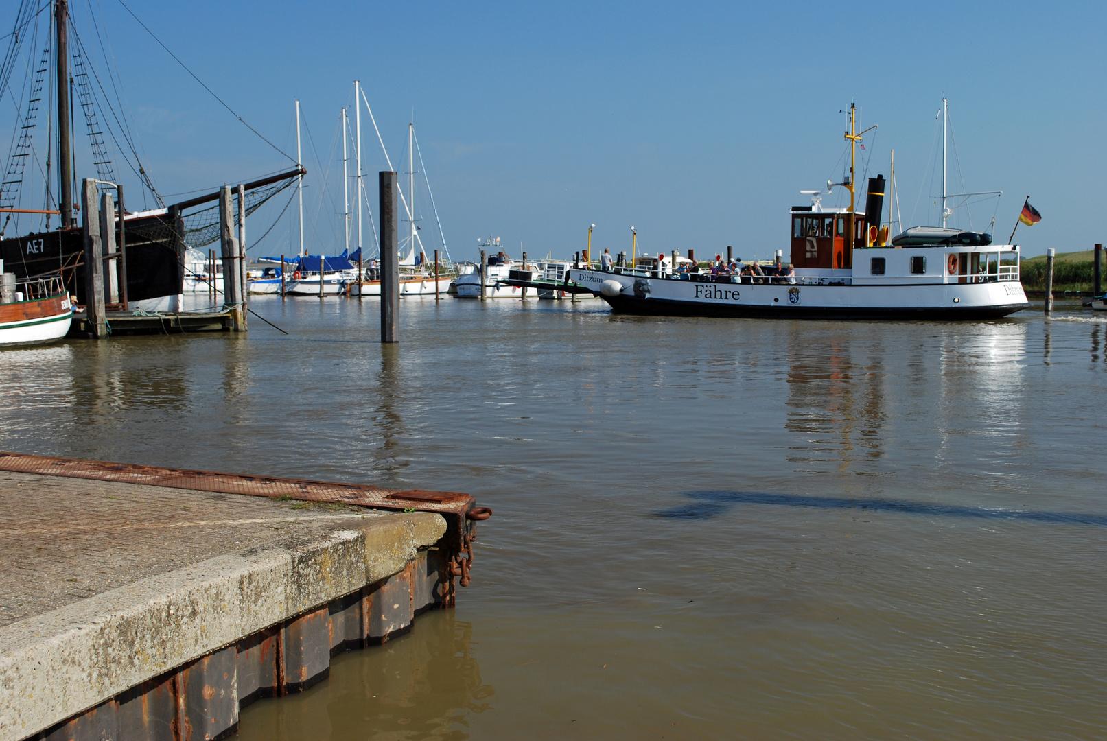 Der Hafen von Ditzum
