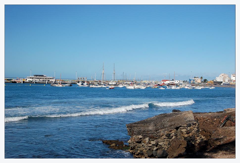 Der Hafen von Los Cristianos