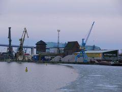 Der Hafen von Stralsund - kalt aber noch nicht ganz zugefroren