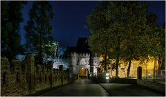 Der Haupteingang zum Schloss