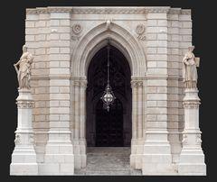 der hauptturmeingang zum rathaus...