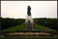 ...Der Held vom Treptower Park...