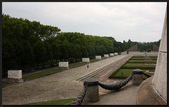 ...Der Held vom Treptower Park...III...