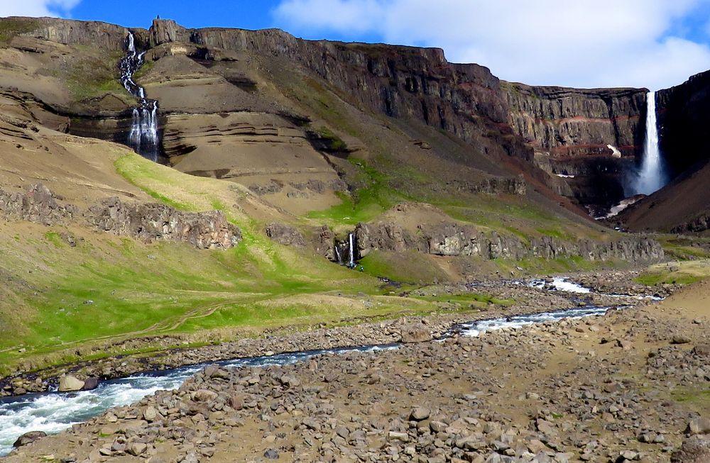 Der Hengifoss, 108 m