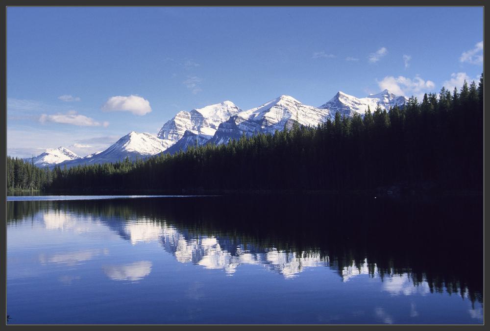 Der Herbert Lake in den kanad. Rockies