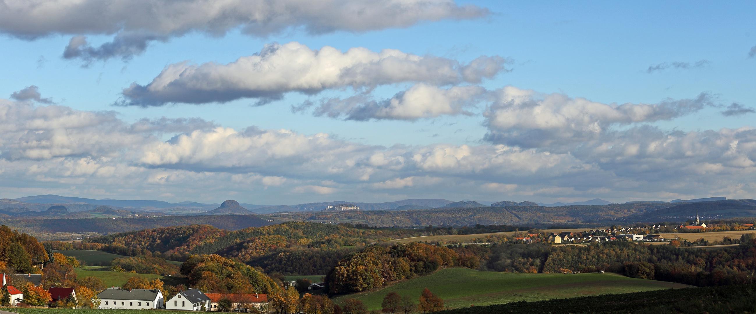 Der Herbstwunsch mit der Sächsischen Schweiz ist mit kühlem Westwind erfüllt worden...