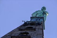 Der Herkules auf dem Oktogon im Bergpark Wilhelmshöhe Kassel