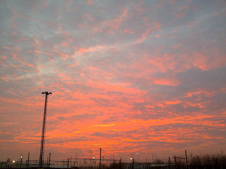 Der Himmel brennt am Morgen