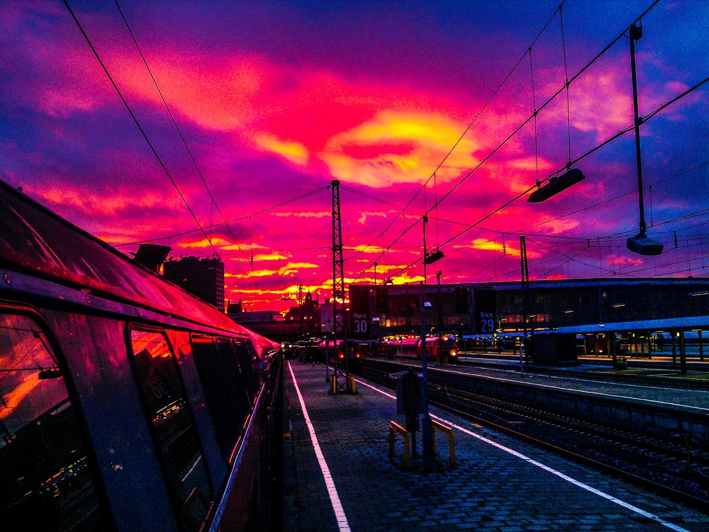 Der Himmel brennt über München
