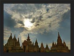 Der Himmel über Bagan