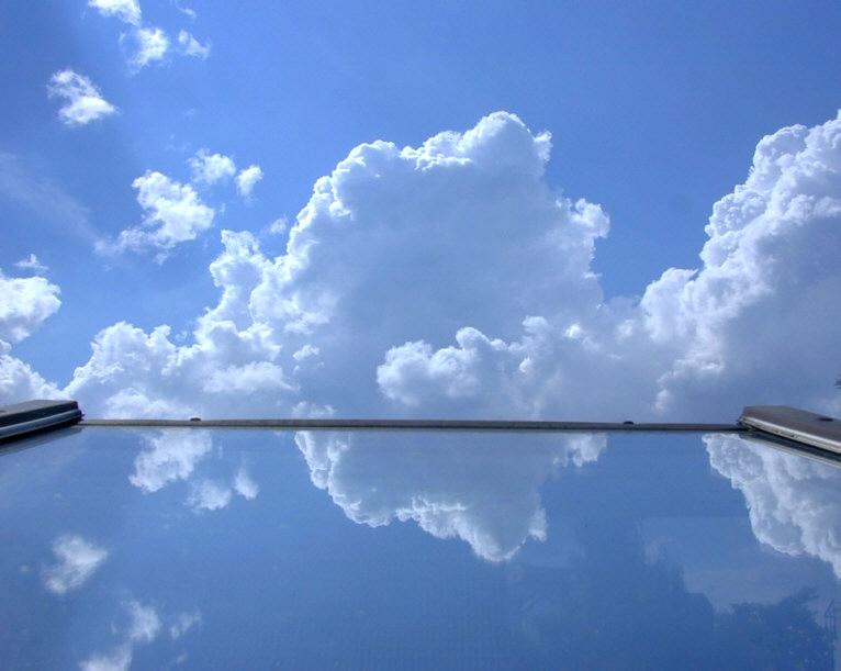 Der Himmel vor meinem Dachfenster