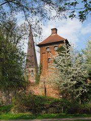 Der Hungerturm in der südlichen Stadtmauer der alten Hansestadt Salzwedel
