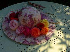 Der Hut der Rosenzüchterin