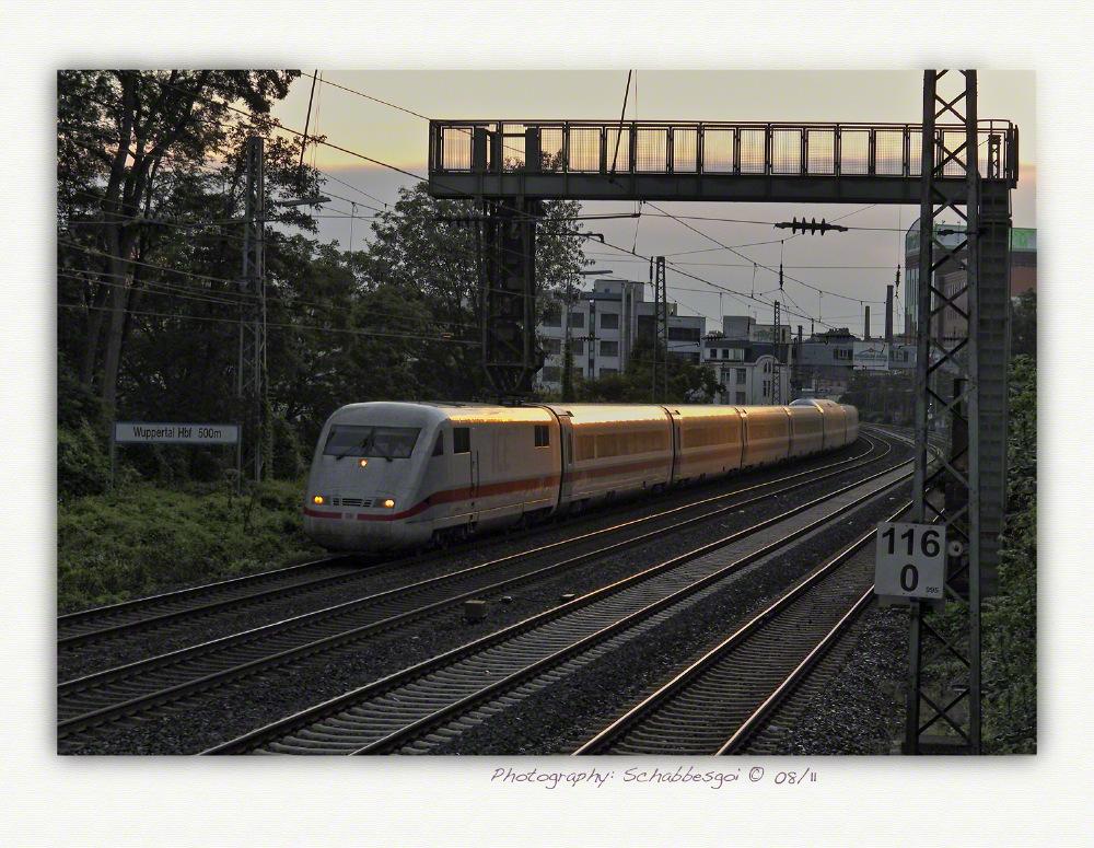 Der ICE - 1 Doppelzug Friedrichshafen