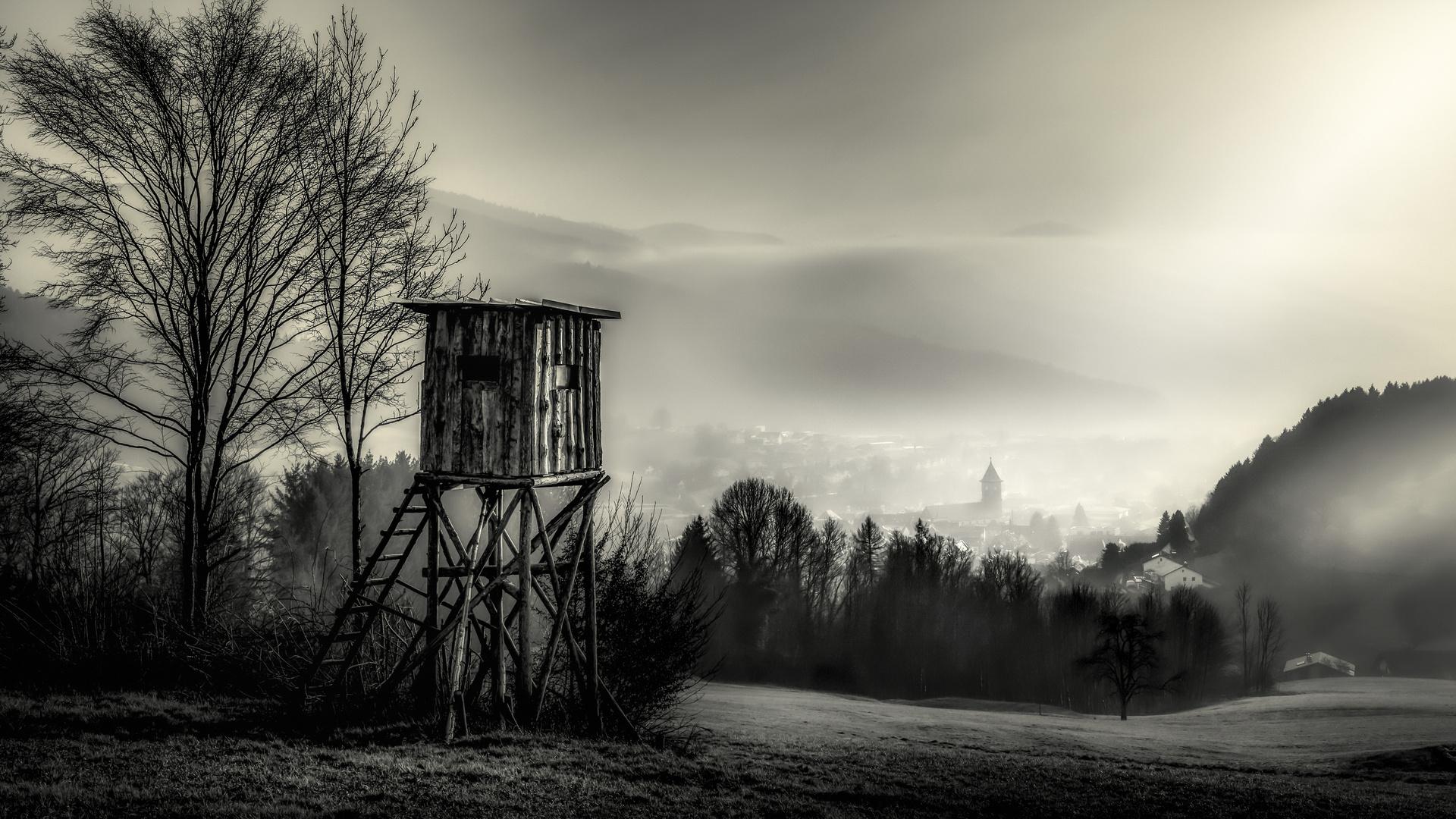 Der Kirchturm.