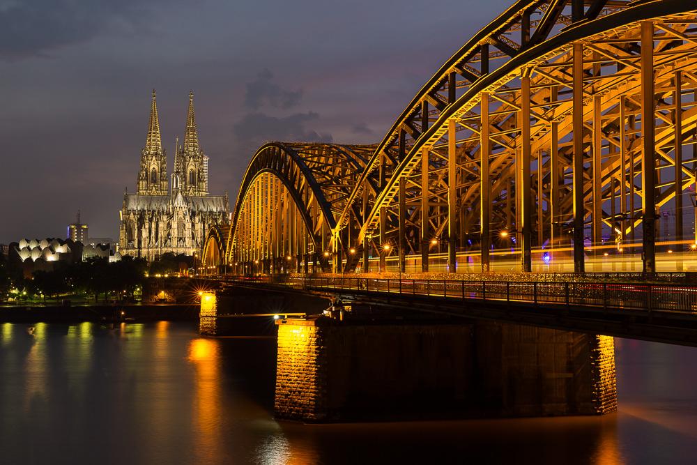 Der Klassiker - Hohenzollernbrücke mit Dom