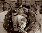 Der kleine Nick im Inkubator - Der technisierte Mensch.