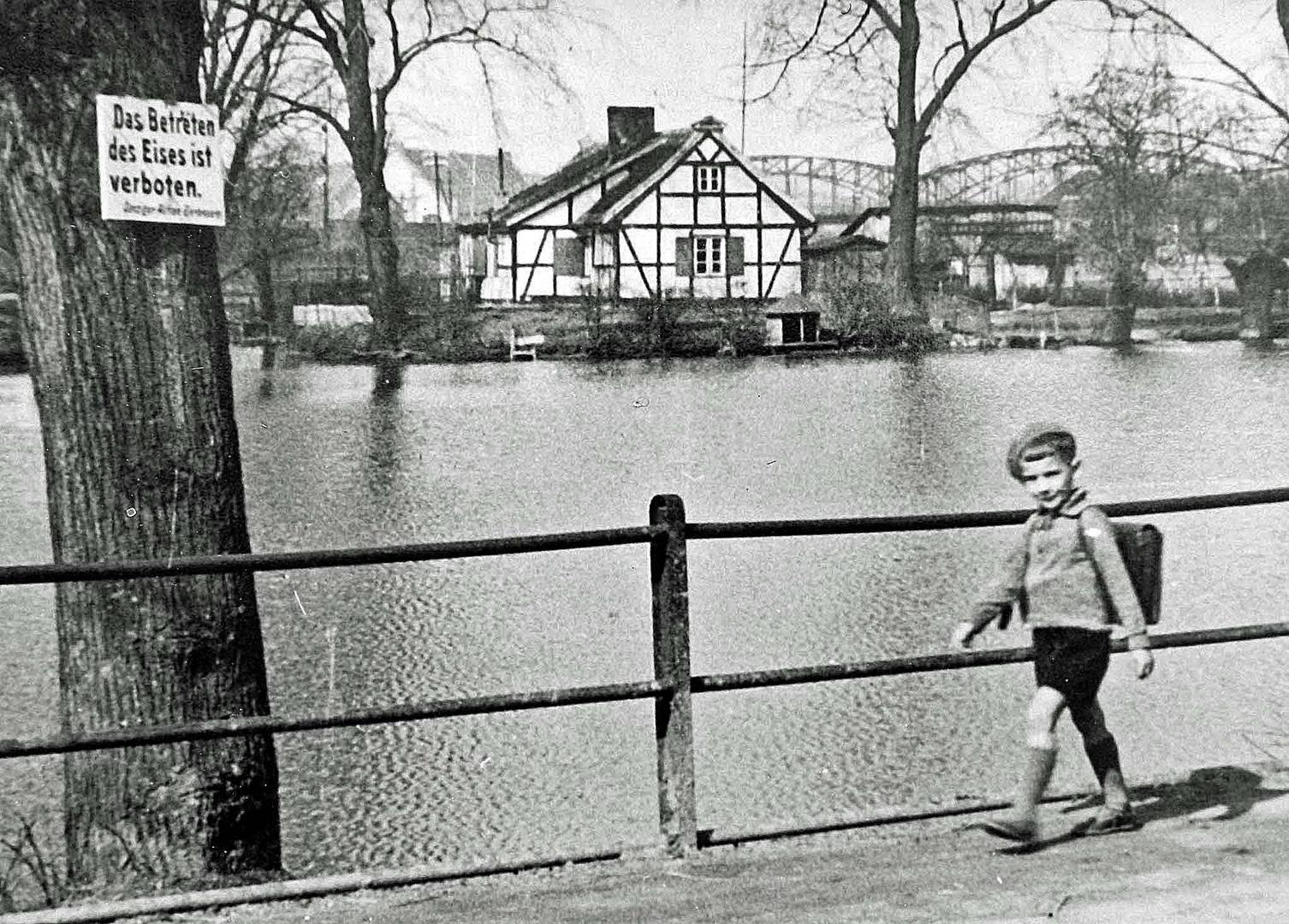Der Kleinhammerteich in D.Langfuhr (1940)