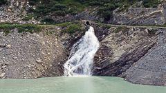 Der knapp 2200m hoch gelegene Mattmarkstausee im Wallis...