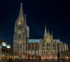 Der Kölner Dom ...