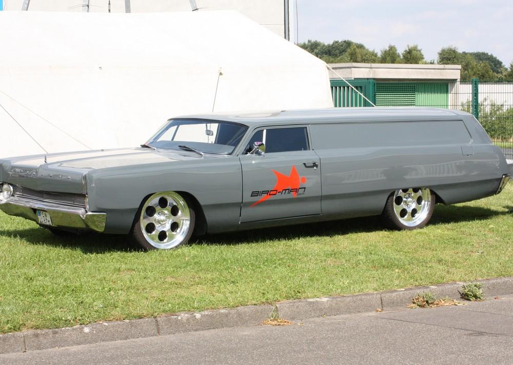 Der Leichenwagen !!!!!!! ;-)