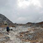 Der letzte Teil des Weges vom Larke Pass nach Bhimtang