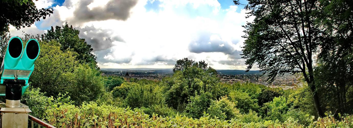 Der Lousberg / Aachen - Panorama in 4 Bilder zusammen gestellt.