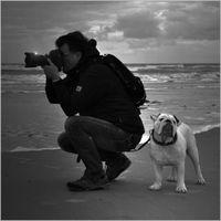 der Mann mit der Sehnsucht im Herzen und dem Hund