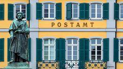 Der Mann vom Postamt
