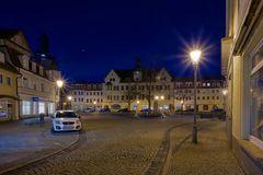 Der Markt mit Rathaus