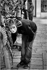 Der Maskenverkäufer
