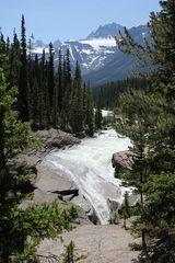Der Mistaya-Canyon mit seinem schönen Wasserfall...
