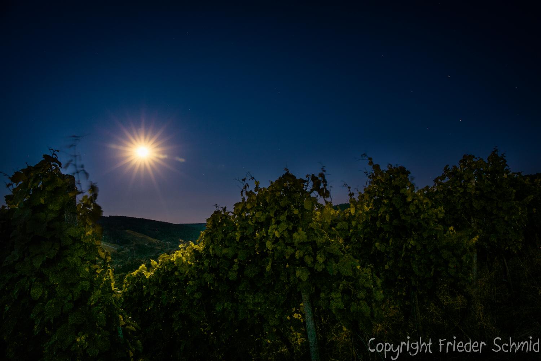 Der Mond als Stern