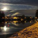 Der Mond im Wasser mit dem Tauchsieder