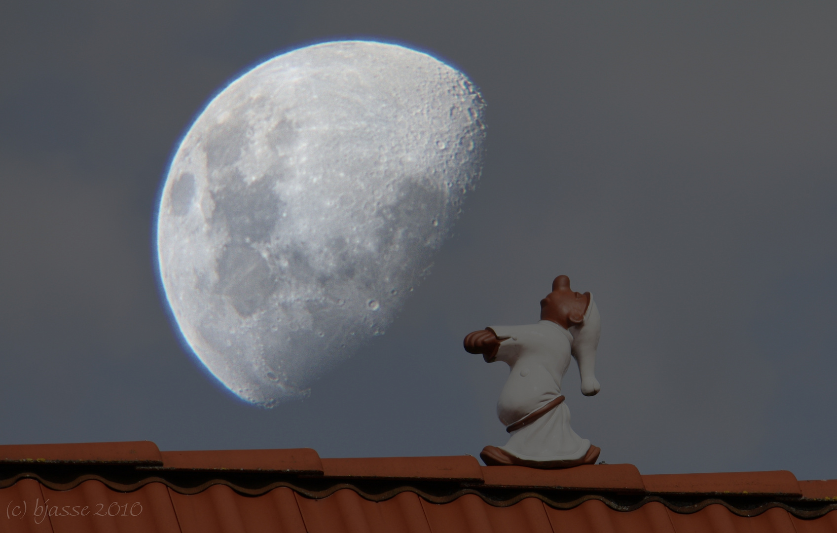 Der Mond ist aufgegangen,....