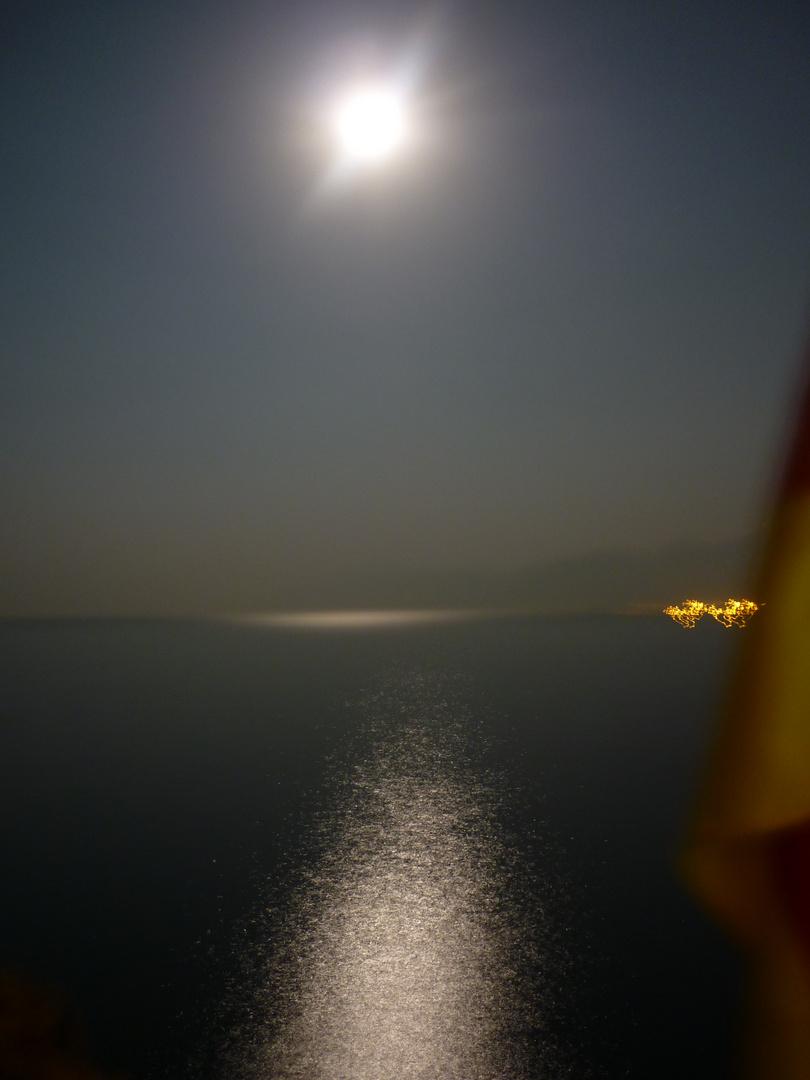 Der Mond nachts um 01:30uhr in Antalya