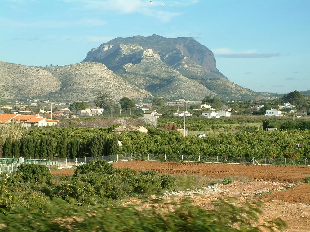 Der Mongo Berg, aus dem Auto Fotografiert