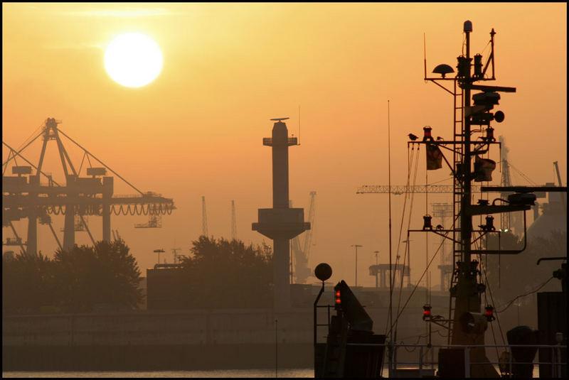 Der Morgen im Hafen