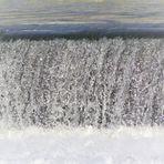 der Naturvorhang aus fliessendem Wasser