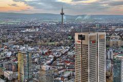 der neue Frankfurter OpernTurm